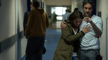 bts_103_-_hospital_-_stana_katic_as_emily_byrne_with_director_oded_ruskin_-_02