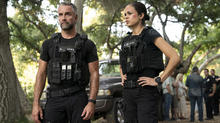 swat2017_s03_eps302_photography-episodic_1